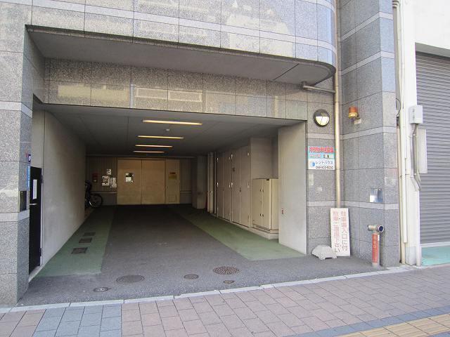 コンツエルトシティ榎町立体駐車場の外観写真