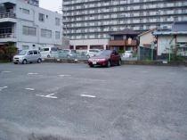 久田河東町駐車場の外観写真