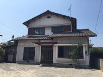 郷本町 中古の外観写真