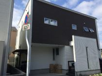 松山市西石井1丁目の外観写真