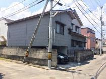 松山市湯渡町の外観写真