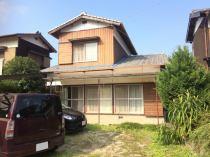 萩生字治良丸 中古住宅の外観写真