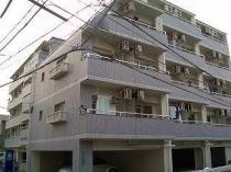 キャッスル朝生田 東棟の外観写真