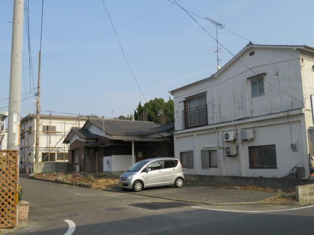 松山市別府町