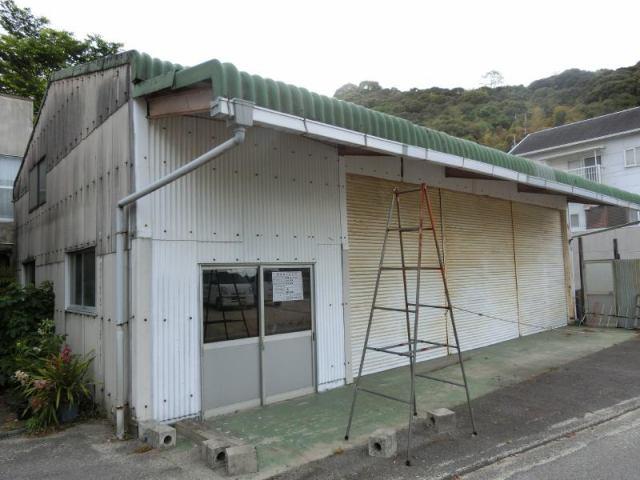玉川町法界寺倉庫の外観写真