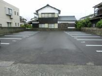 南鳥生貸駐車場