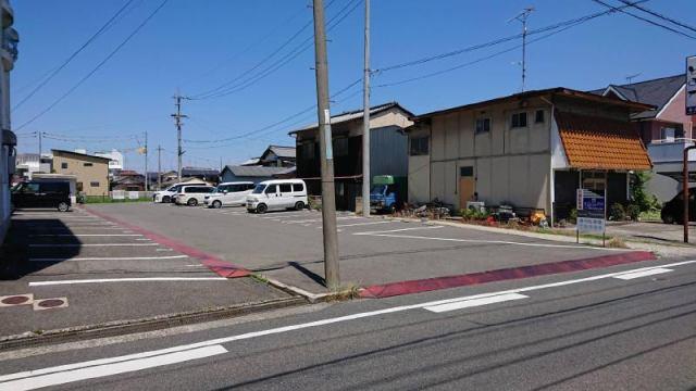 郷本町2丁目高木駐車場の外観写真