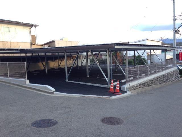 桜ヶ丘大道月極駐車場の外観写真