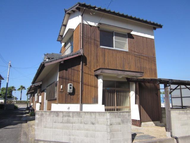 東村わたなべ借家の外観写真
