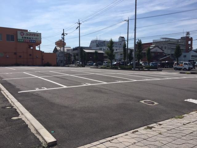 共栄町4丁目藤髙パーキングの外観写真