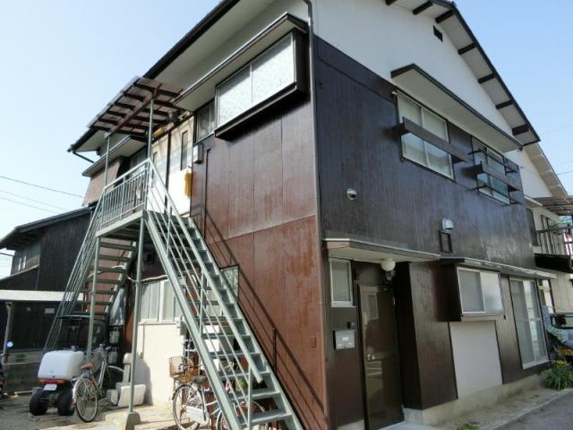 中川荘の外観写真