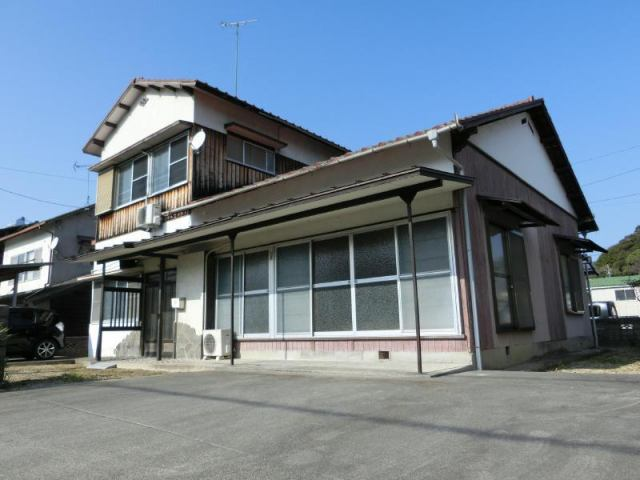 宮ケ崎曽我部借家の外観写真