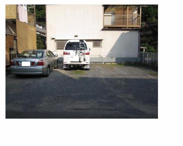 伊予鉄祝谷第3月極駐車場の外観写真
