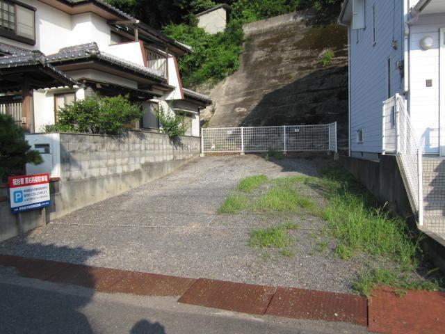 伊予鉄祝谷第6月極駐車場の外観写真