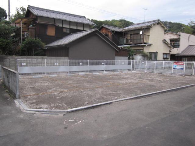 伊予鉄祝谷第10月極駐車場の外観写真