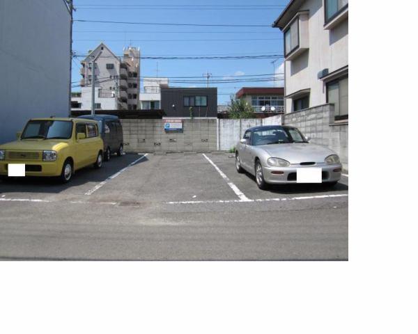伊予鉄木屋町月極駐車場の外観写真