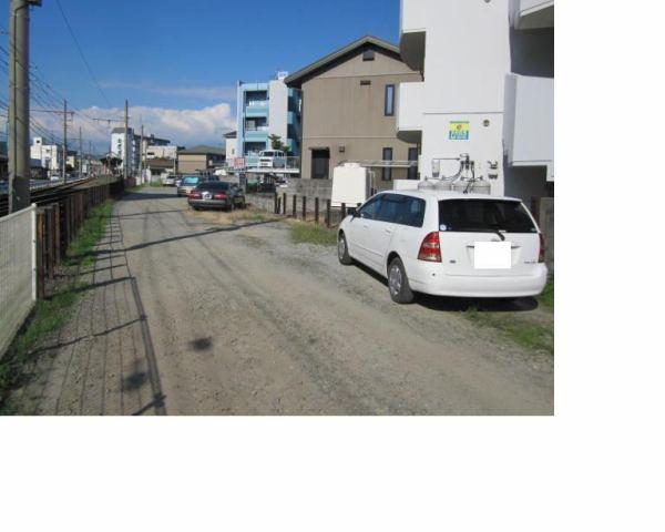伊予鉄土居田月極駐車場の外観写真