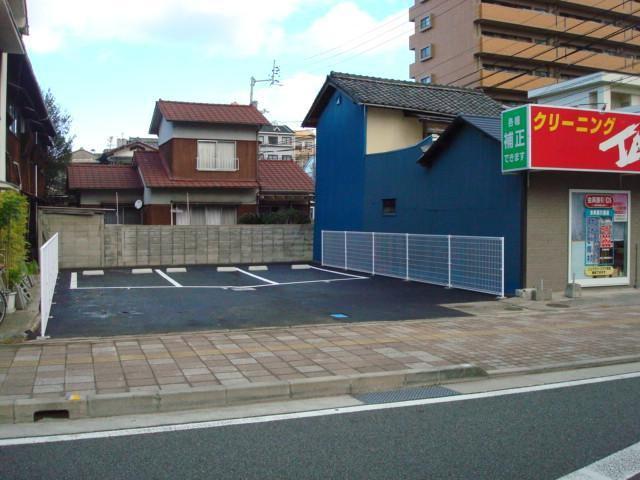 伊予鉄古町第3月極駐車場の外観写真