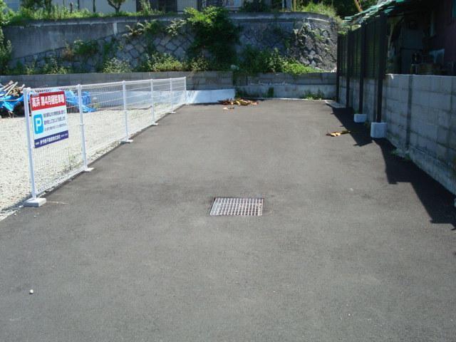 伊予鉄高浜第4月極駐車場の外観写真