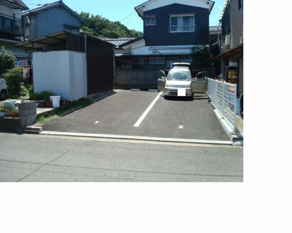 伊予鉄高浜第6月極駐車場の外観写真