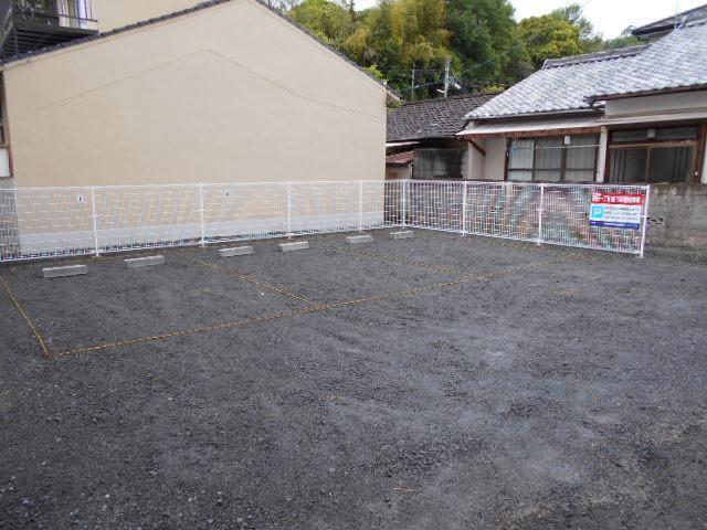 伊予鉄祝谷第15月極駐車場の外観写真
