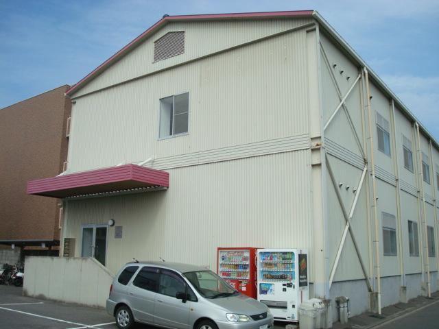 伊予鉄三町ビルの外観写真