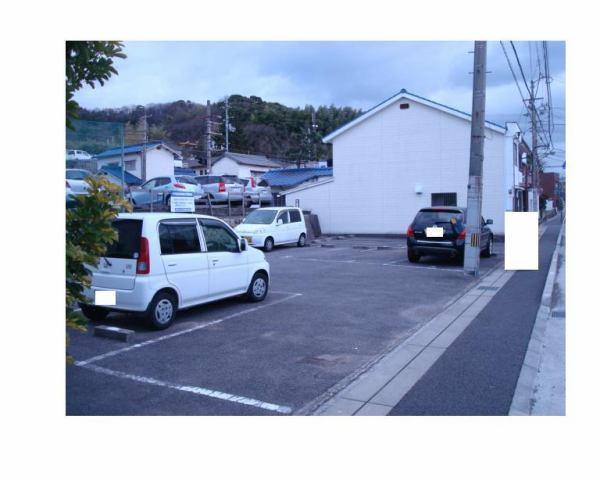 伊予鉄高浜駅南第2月極駐車場の外観写真