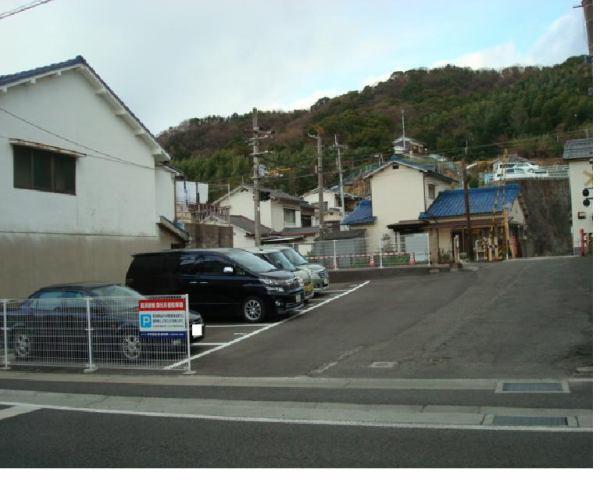 伊予鉄高浜駅南第5月極駐車場の外観写真