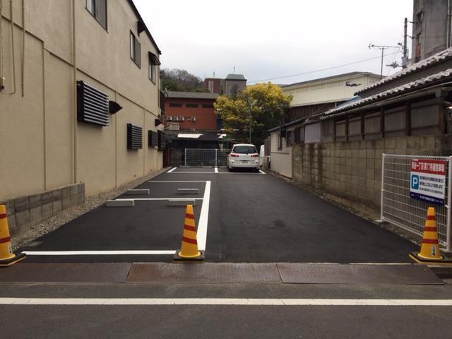 伊予鉄祝谷第17月極駐車場の外観写真