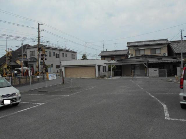 伊予鉄郡中駅東月極駐車場の外観写真