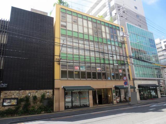 松山ガーデンビルの外観写真