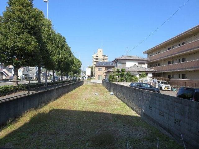松山市生石町の外観写真