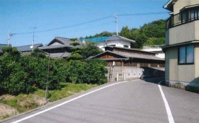 松山市平田町の外観写真