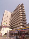 Aden箱崎の外観写真