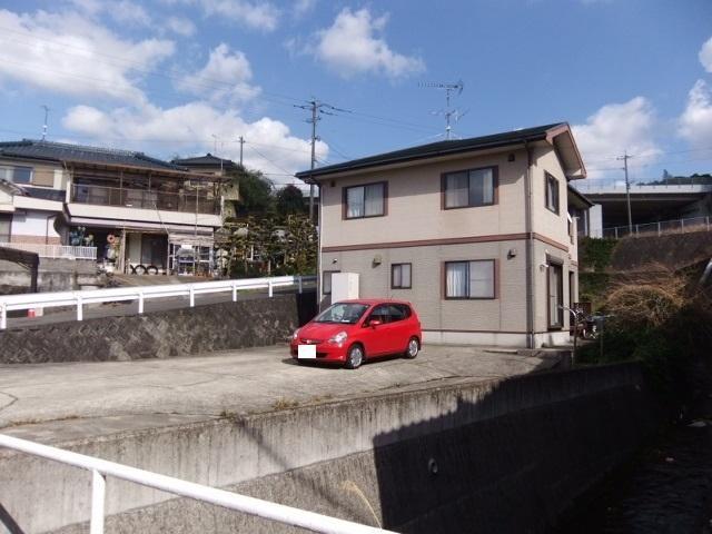徳泉川内町賃貸戸建の外観写真