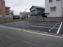 新大江とうや駐車場の外観写真