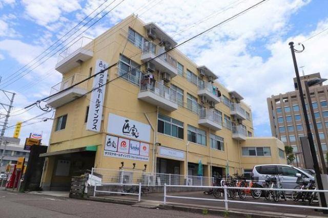 4階建です(*^。^*)