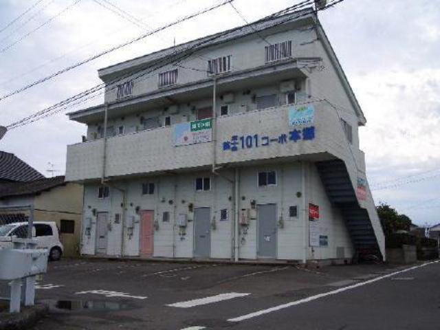 津和田コーポの外観写真