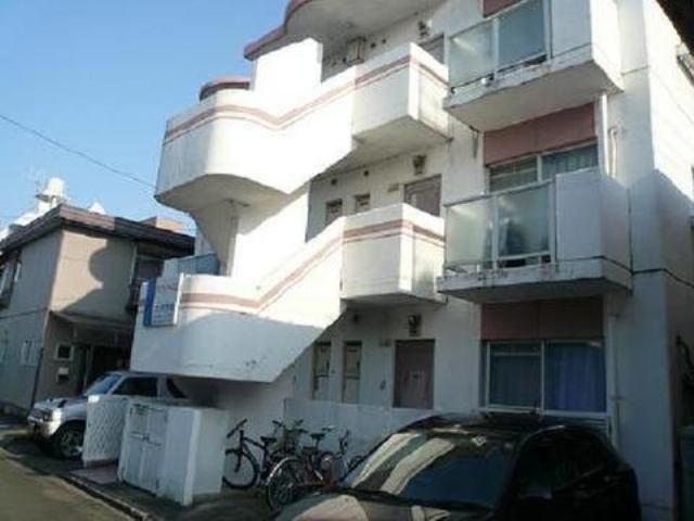 3階建てのアパートです♪