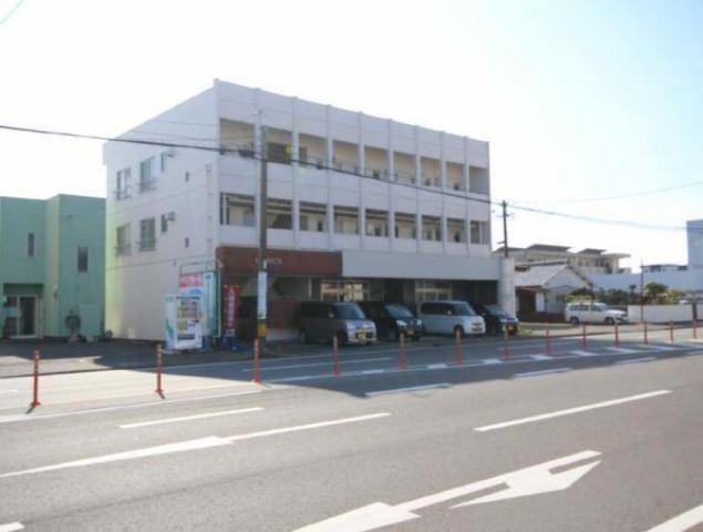 仁田脇ビルの外観写真