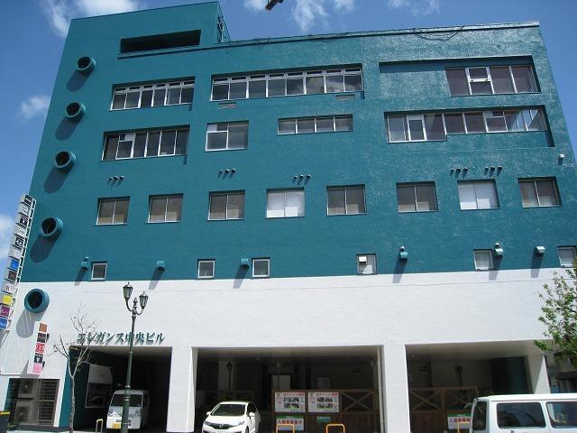 延岡市の飲み屋街といばこのビルでしょ!