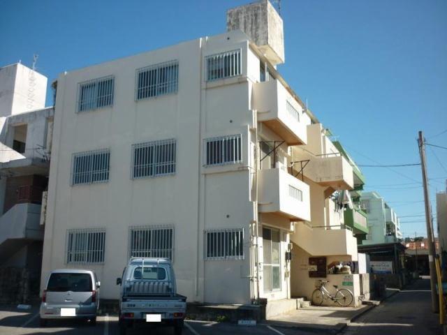 新垣アパートの外観写真