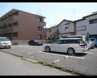 根本(薬)新町4 駐車場の外観写真