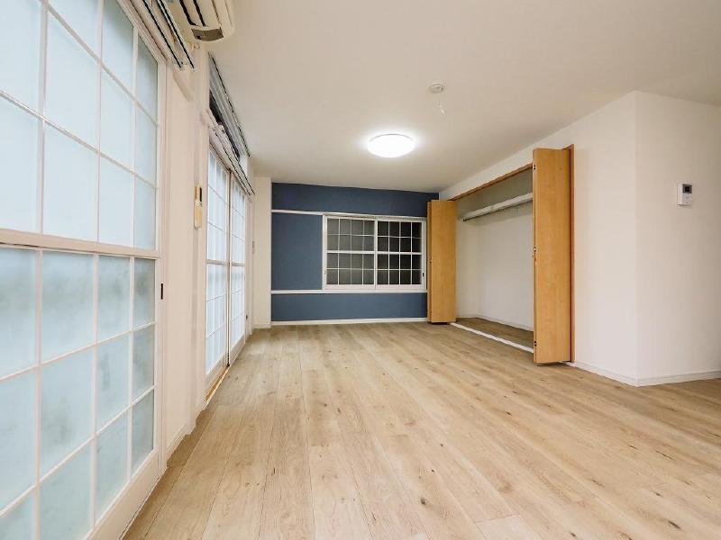 鈴栄第三ビル2階_洋室