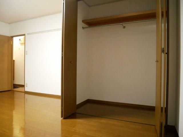 株式会社FP不動産センター その他画像 寝室クローゼット