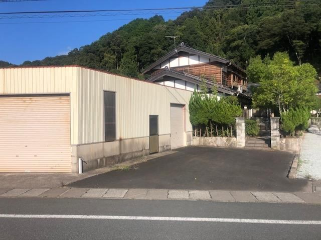 豊岡市百合地 9DK 990万円