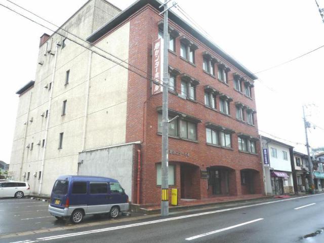 寿センタービル201号室 豊岡市寿町 9.9万円 礼金無し