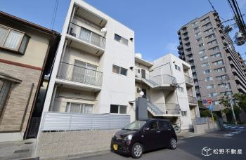 52-3 L-PLOT APARTMENTの外観写真