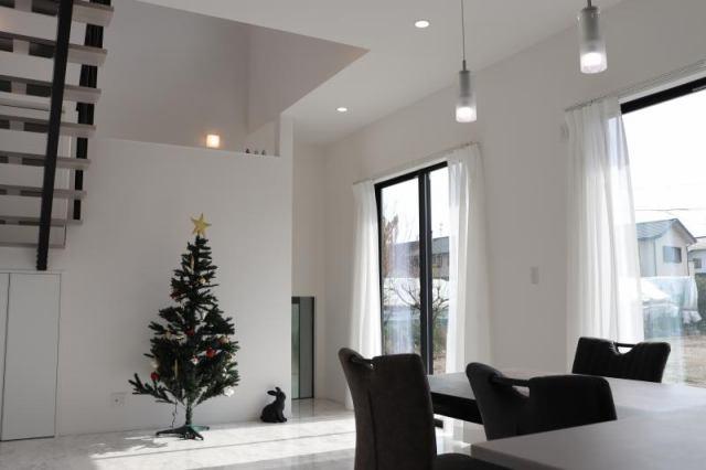 有限会社グローバル住宅 内観写真 3LDK ウッドデッキ・吹き抜け・フリーホール付き
