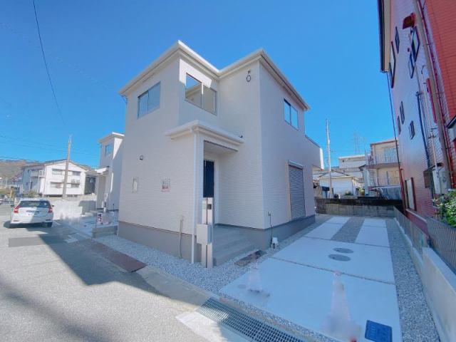 有限会社グローバル住宅 外観写真 グラファーレ薊野西町2丁目2号地 3LDK 耐震等級3の外観写真